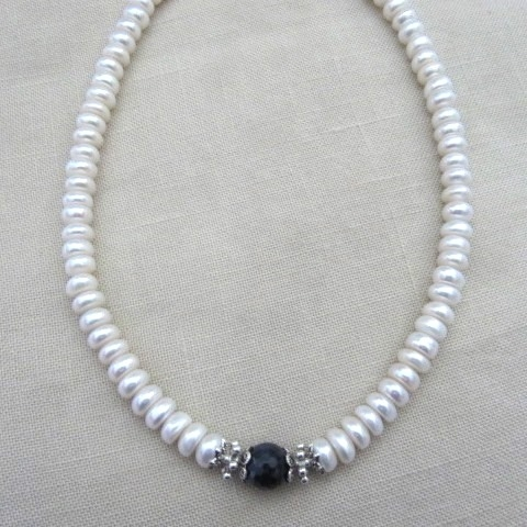 """Колье, браслет, серьги """"Диана"""" - натуральный белый жемчуг АА, сапфиры"""